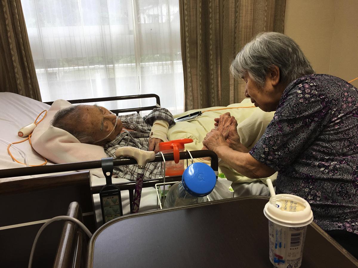 老老介護と認認介護の概要と問題点、そして一番重要な対応策