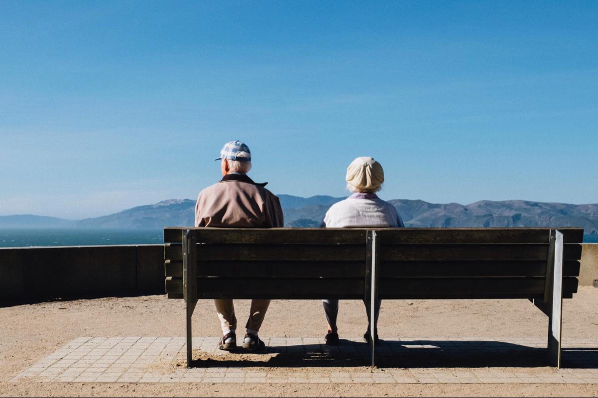 老人ホームで起きやすいトラブルと家族の対応